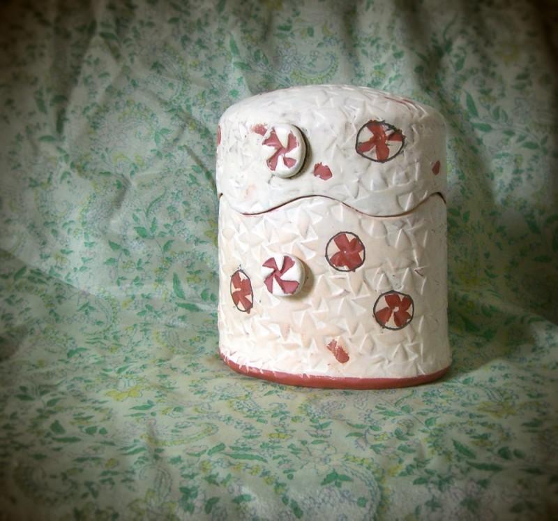 ceramic pinhole camera