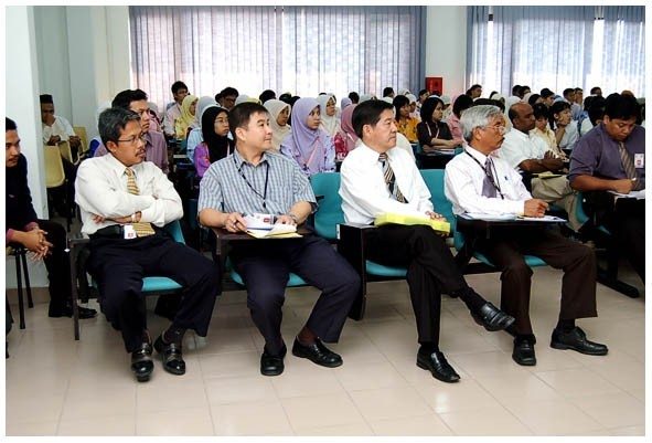 academic and admin staffs of FBSB
