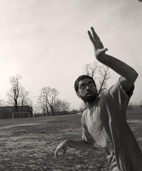Ghazaly runs for frisbee