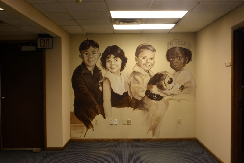 Mural by South Carolina artist Charlie Pate