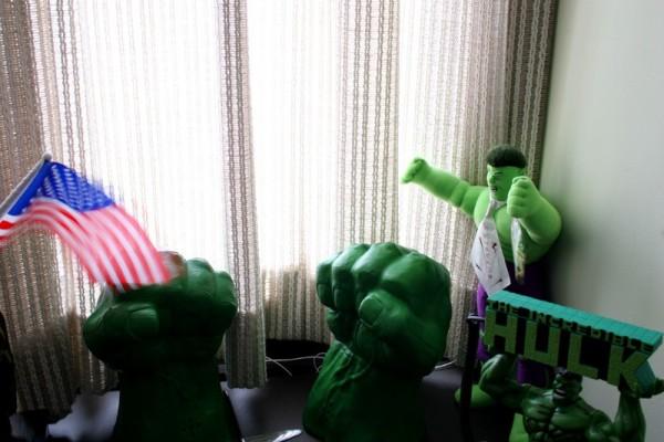 Senator's Hulk collectables.