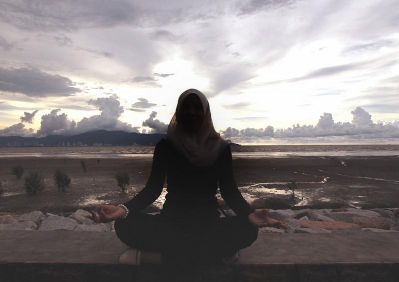 Miss Seluet doing yoga