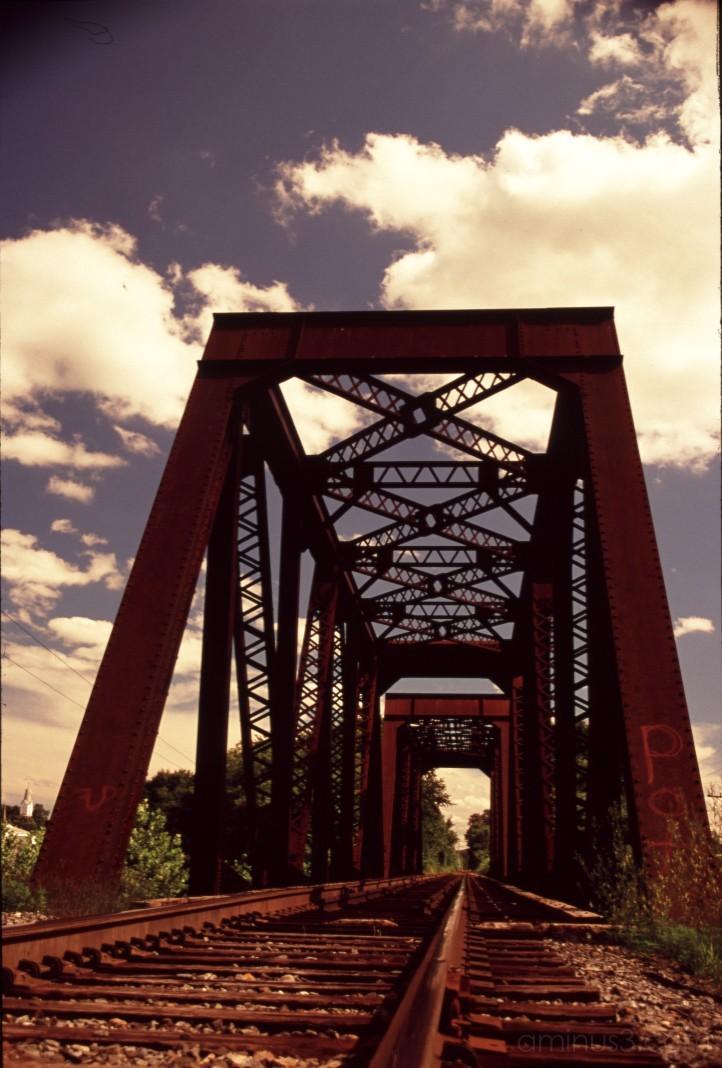bridge train rust railroad 鉄道 米国 アメリカ ニューヨーク
