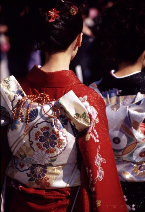 kimonos at meiji shrine 結婚式 結婚 明治神宮