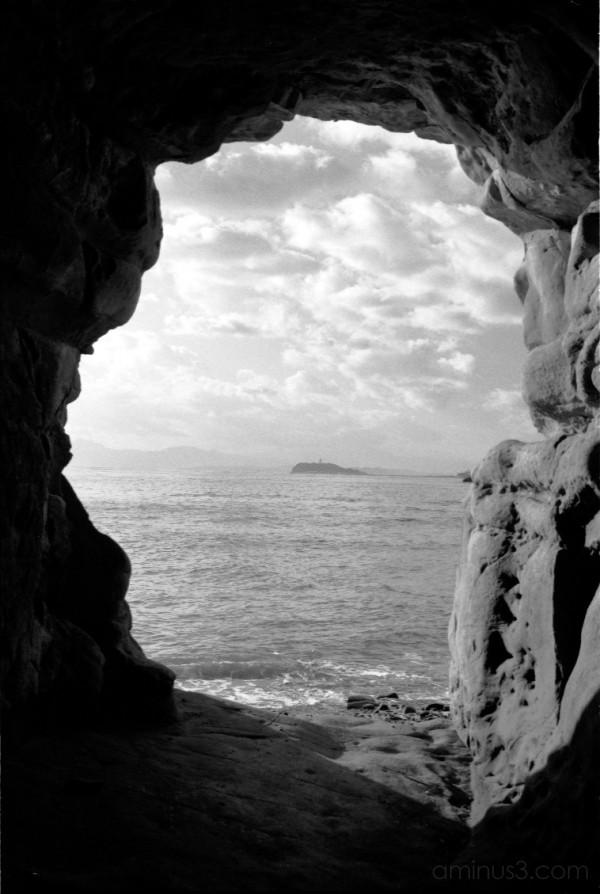 enoshima view kamakura cave 鎌倉 江ノ島