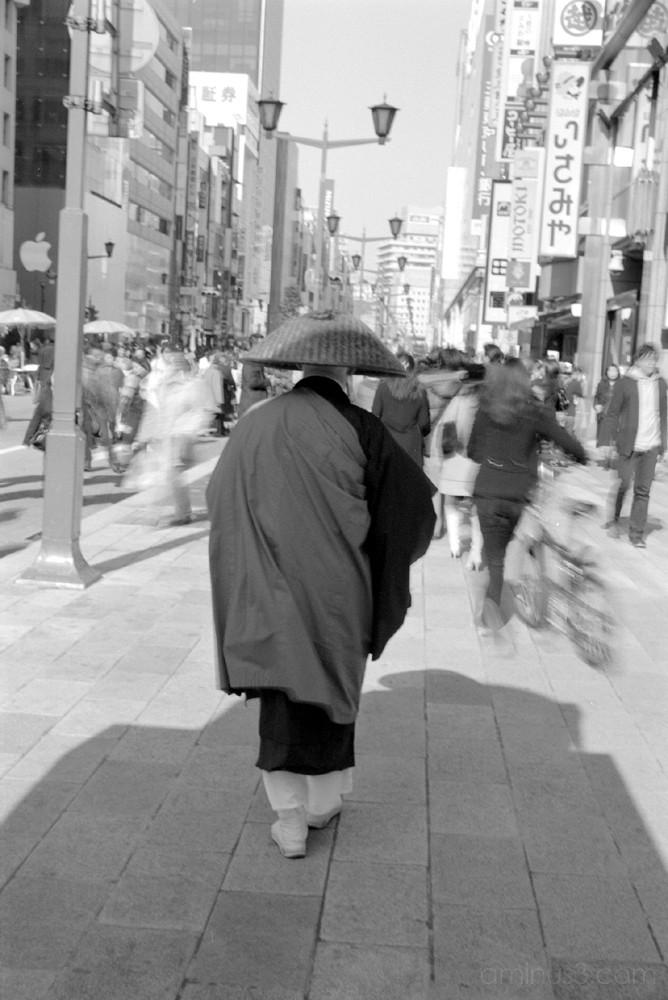 life street japan tokyo ginza 銀座 東京 お坊さん フォトブログ