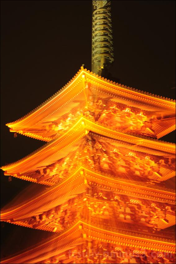 asakusa sensoji temple 浅草 浅草寺 寺 pagoda パゴダ 台東区