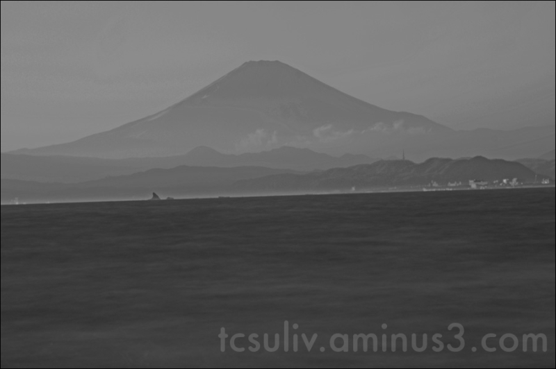 fuji kamakura enoshima 鎌倉 富士山 写真 江ノ島 海 b-w モノクロ