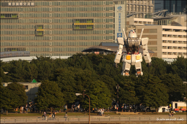 Gundam: from odaiba waterfront 水からのガンダム (odaiba)