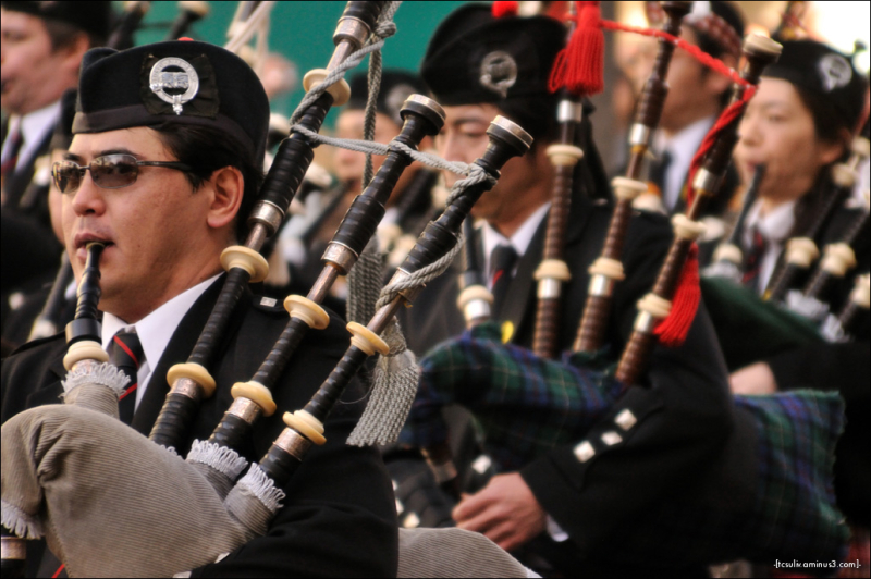 bagpipers in omotesando for st. pat