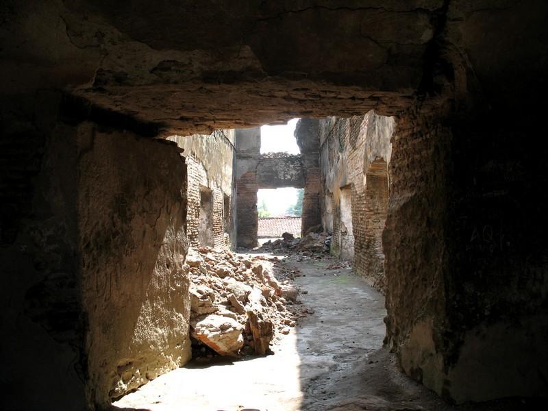 3. Water Castle  (Tamansari)