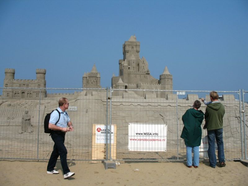 Strand castle