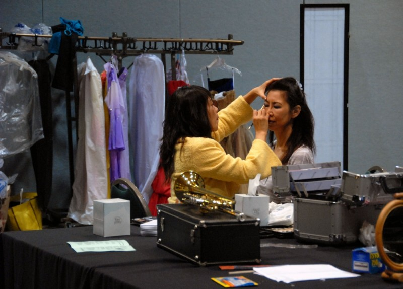 young at heart 3: stage make-up