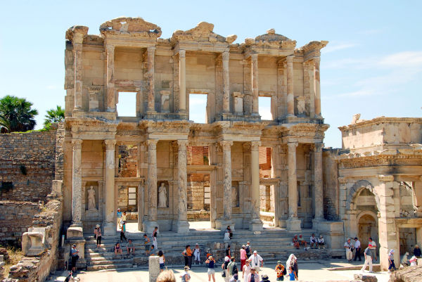 the overshadowing library of celsus