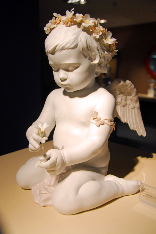 cherub of love