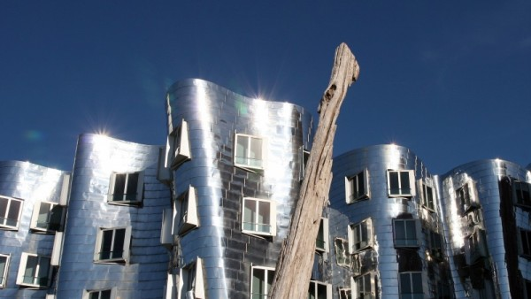 Frank O. Gehry building in Duesseldorf