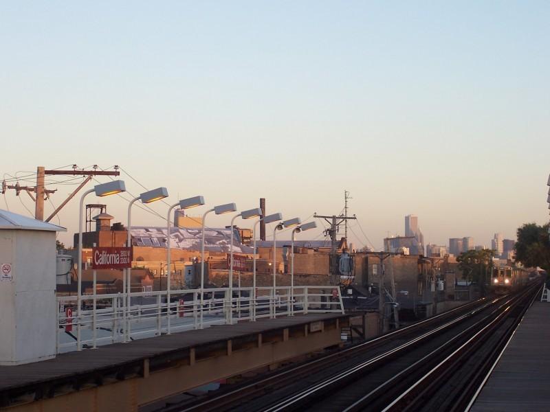 metro blue line california chicago sears tower