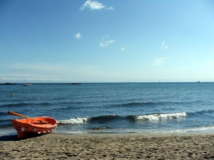 Boat o the Baltic seashore