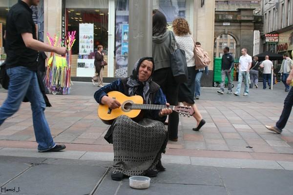 Guitar player in Glasgow