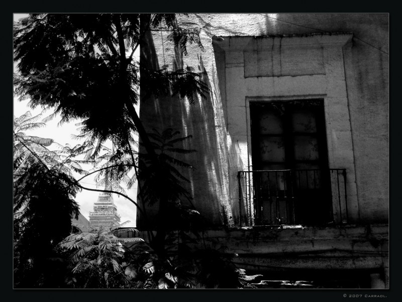 An old house of the old part of Mexico City.