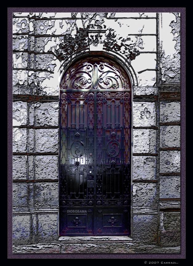Door (Dios Os Ama)