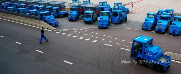 Luggage truck airport Amsterdam