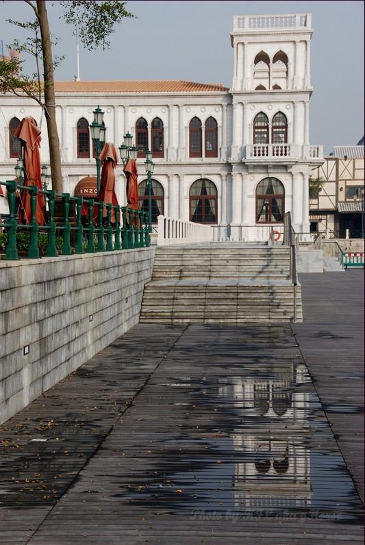 Macau Fisherman Wharf Reflection