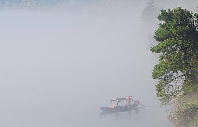 boat mist river tree xiaodongjiang