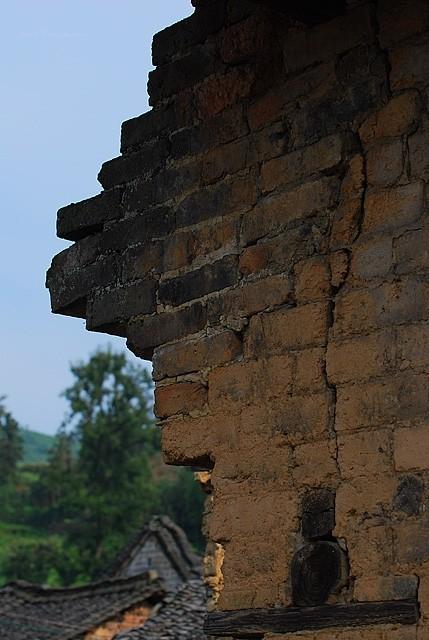 xiaodongjiang village stone wall