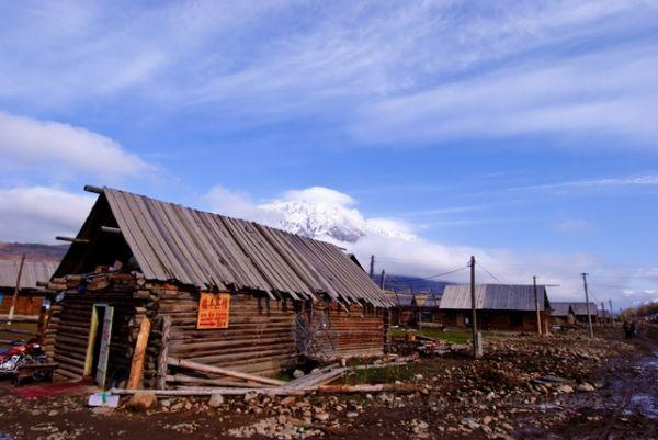 blue, cloud, Hemu, house, sky, wood, Xin Jiang