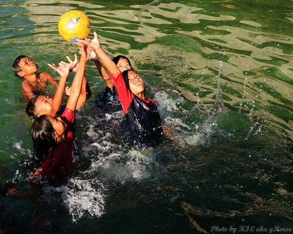 Semporna, Malaysia, children, play, water, ball