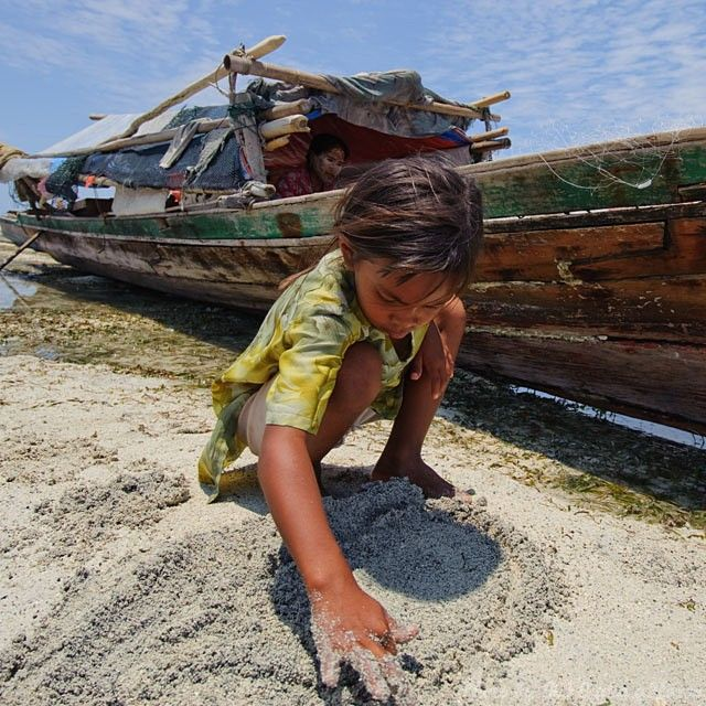 Semporna, Malaysia, blue, sky, child, boat, play,