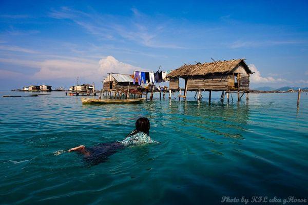 Semporna, Malaysia, child, house, sea, blue, sky,