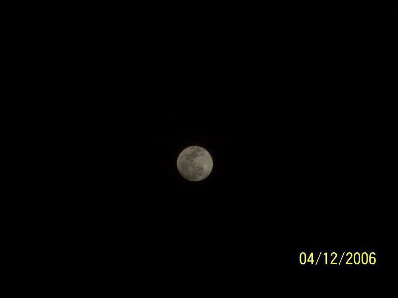 Look Ma, A Full Moon..!!