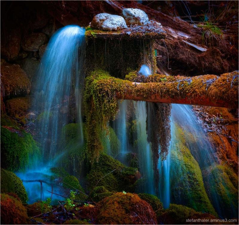 mossy place, moosig, blaues Wasser,blue water,