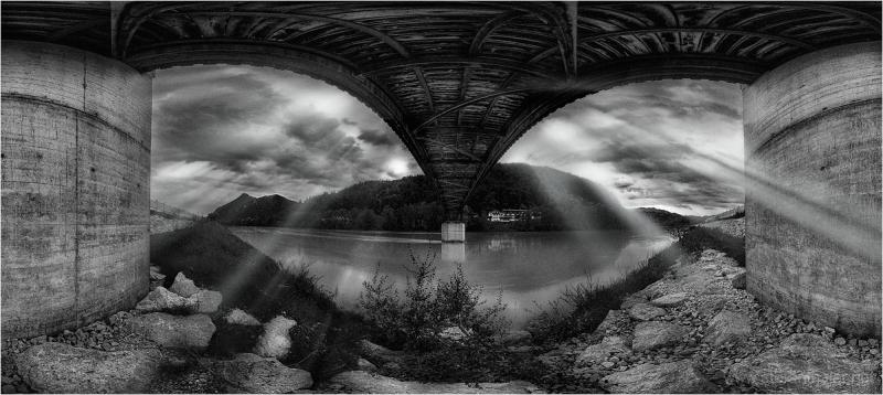 Grenzbrücke, under the bridge