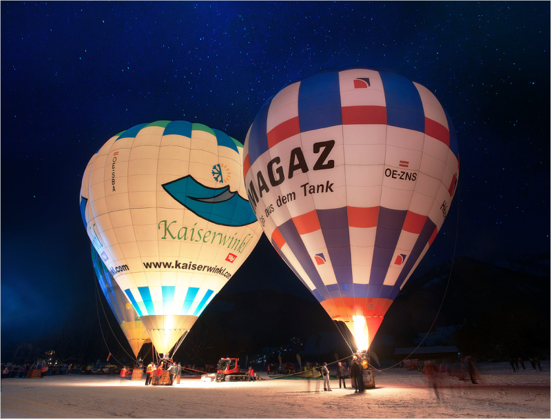 Night Glowing , Kaiserwinkl Alpin Ballooning,