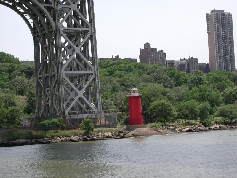 Jeffreys Hook Lighthouse