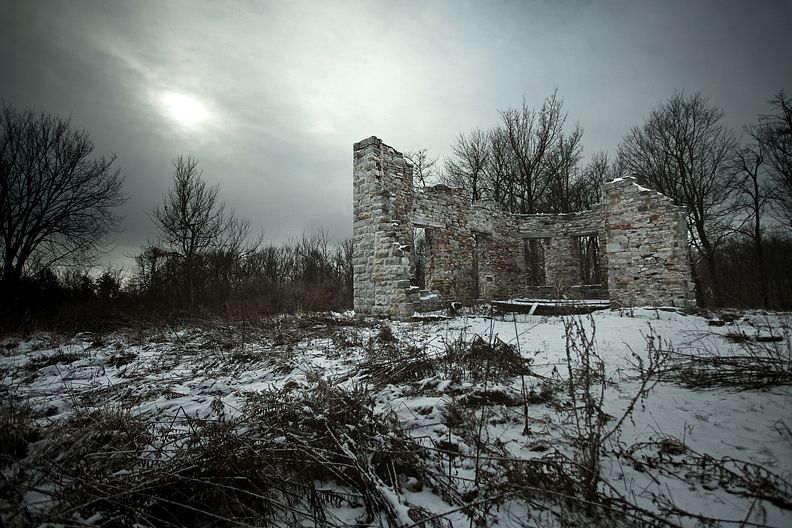 1860's Mansion Ruins 01