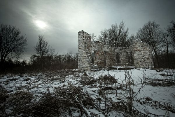 1860's Mansion Ruins 01