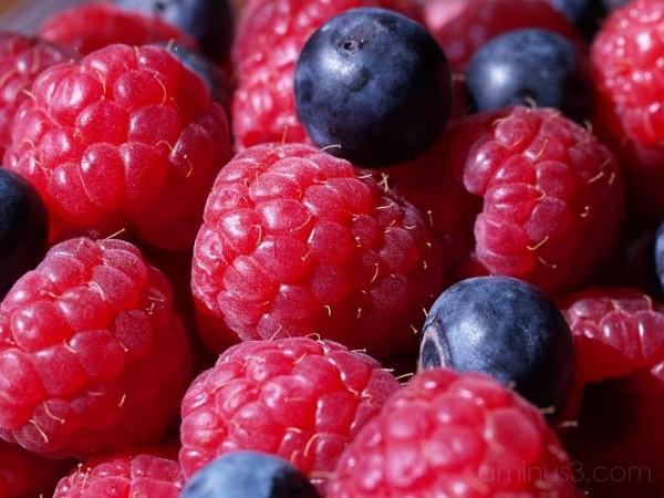 raspberry, blueberry, berries, delicious