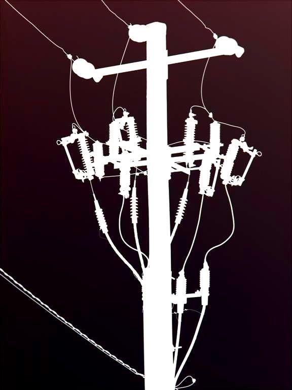 inverted telephone pole