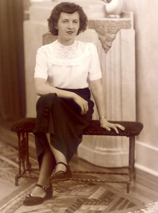 memorabilia - ma mère - my mother
