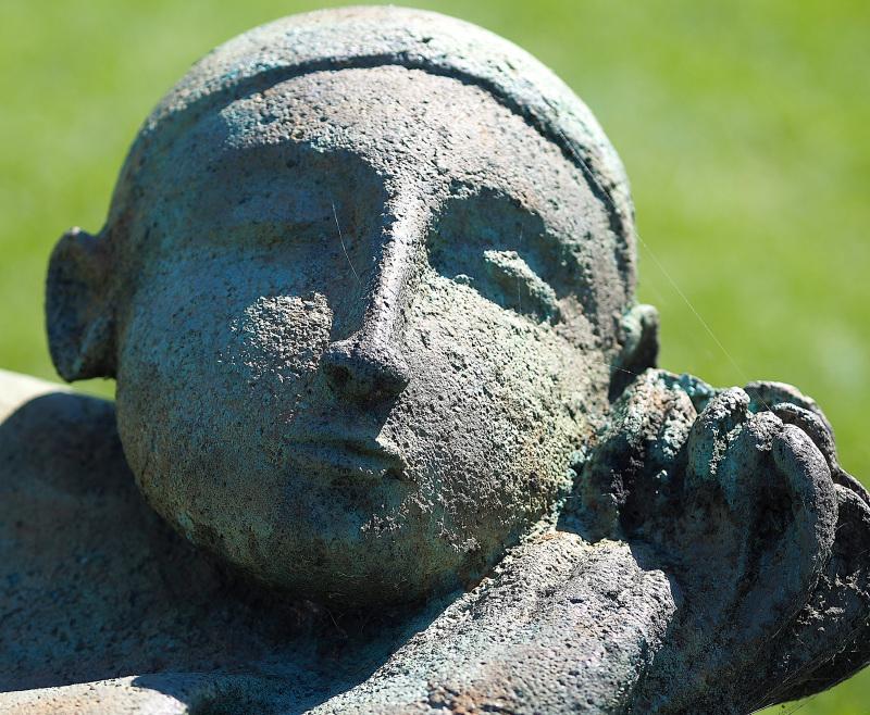 le dormeur | Robert Lorrain - peintre et sculpteur