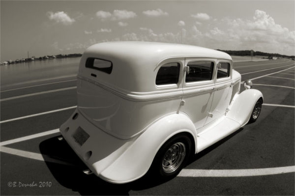 1934 Plymouth in Platinum