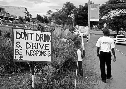 African sign saying don't drink & drive, be respon