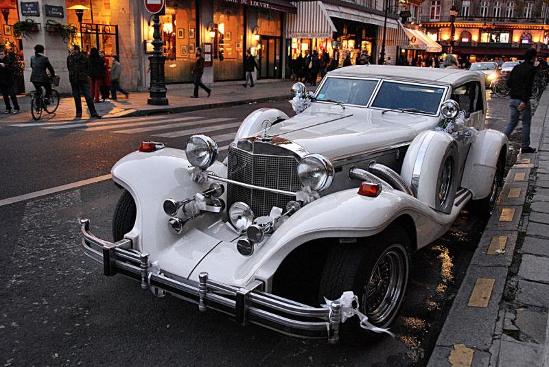 voiture,rue,Paris