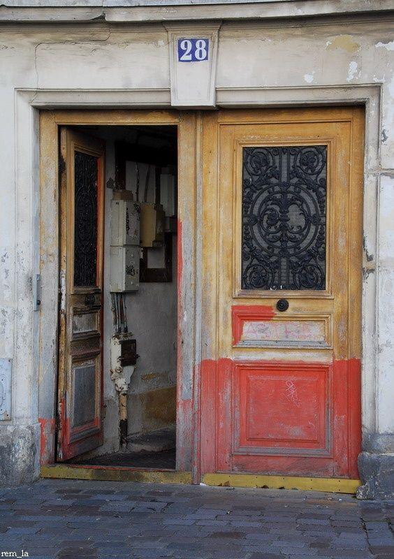 porte,rue