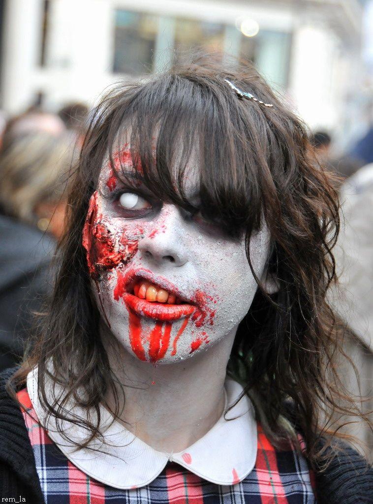 zombie,walk,portrait,paris