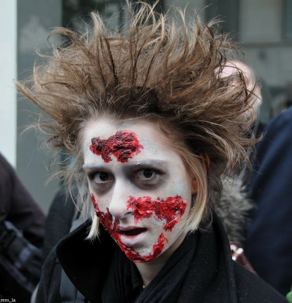 zombie,portrait,walk,paris